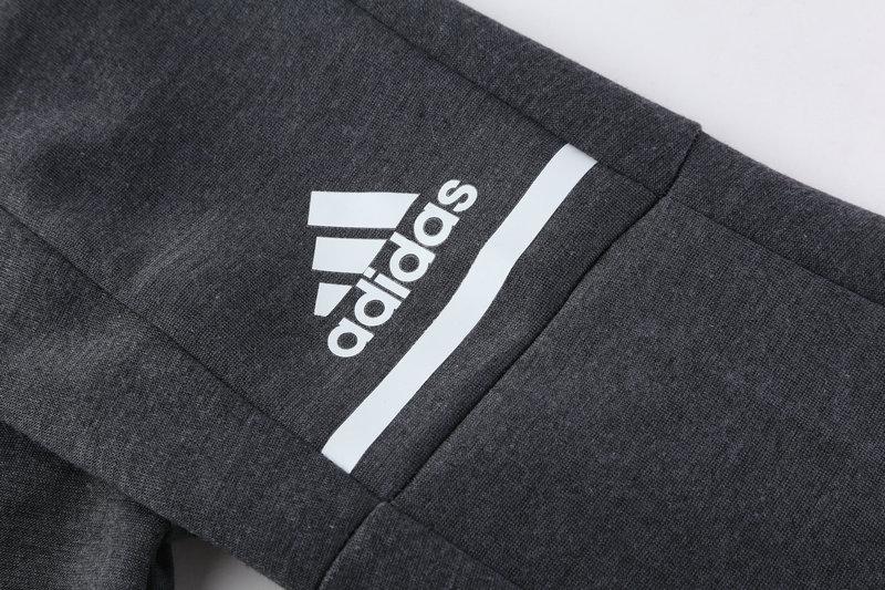d53b2b77fd0 Manchester United 17 18 Winter Training suit Jacket + Hat -  30.00 ...
