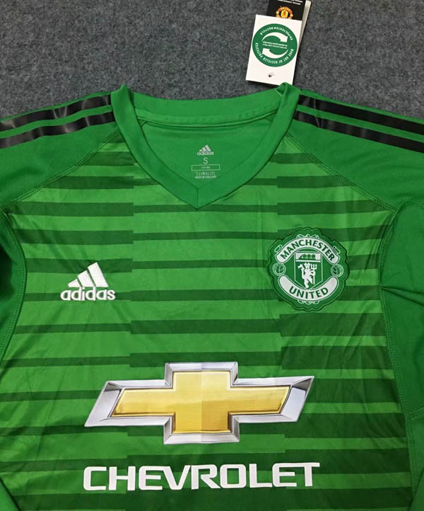 d3eff76da4a 18 19 Manchester United Green Goalkeeper Long sleeve Soccer jersey ...